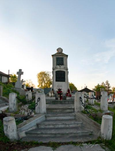 Pomnik Powstańców - Miechów