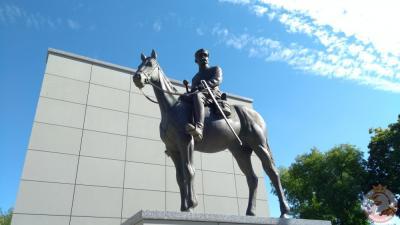 Pomnik Józefa Piłsudskiego - Nowy Sącz