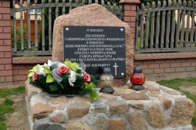 Pomnik Żołnierzy Wyklętych - Stare Gałki