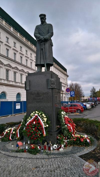 Pomnik Józefa Piłsudskiego - Warszawa