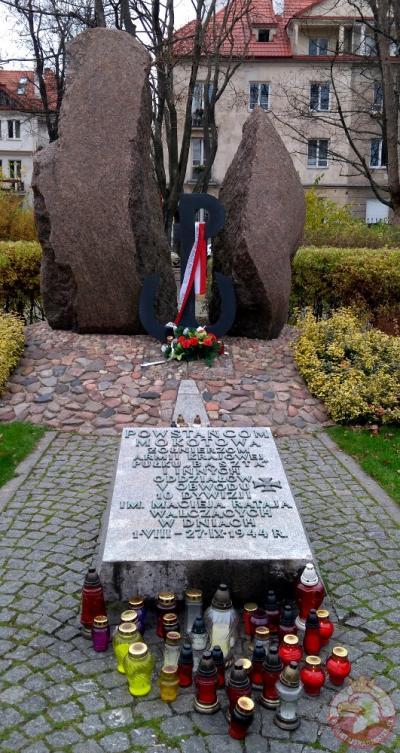 Pomnik Powstańców Mokotowa - Warszawa