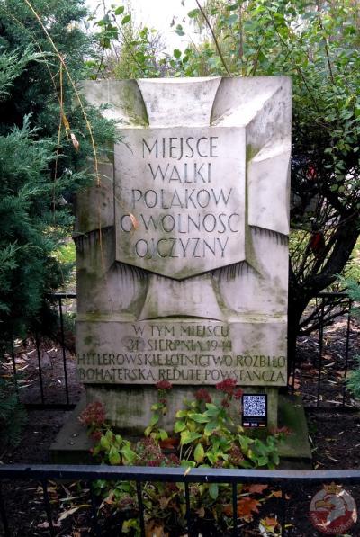 Tablica pamiątkowa przy ulicy Długiej - Warszawa