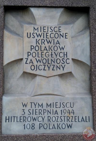 Tablica pamiątkowa przy ulicy Puławskiej - Warszawa