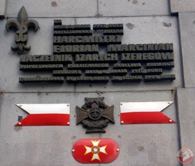 Tablica upamiętniająca harcmistrza Floriana Marciniaka - Warszawa