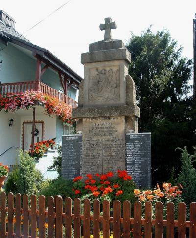 Pomnik upamiętniający poległych podczas I i II wojny światowej - Dziedzice