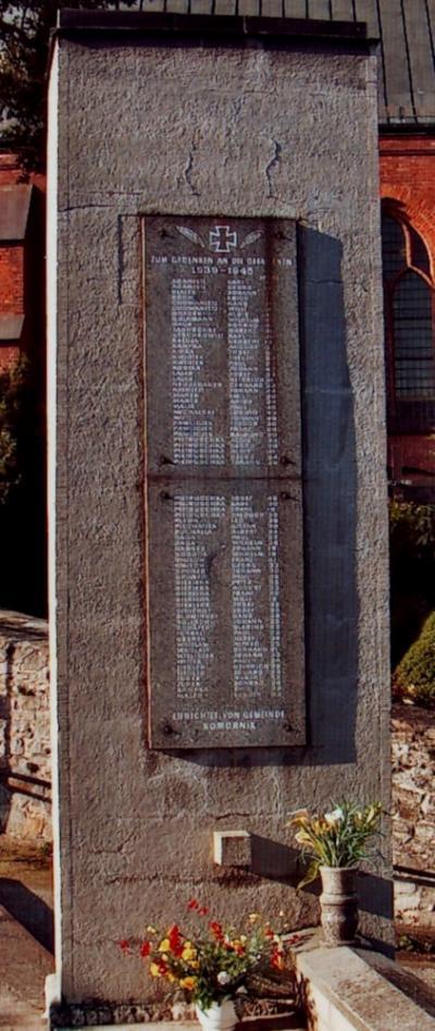 Pomnik upamiętniający poległych podczas I i II wojny światowej - Komorniki
