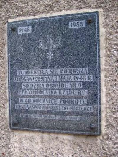 Tablica upamiętniająca pierwszą siedzibę pełnomocnika Rządu RP - Namysłów