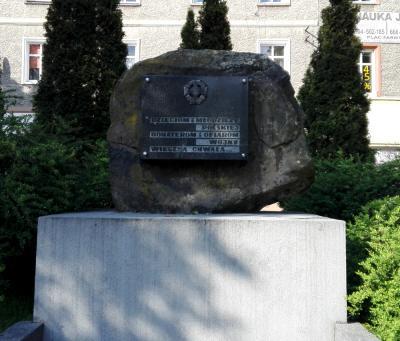 Pomnik dzieciom i młodzieży bohaterom i ofiarom wojny - Prudnik