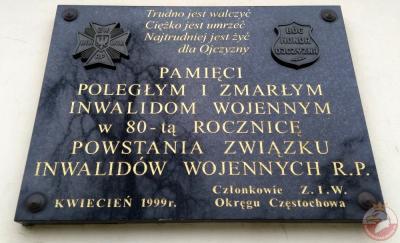 Tablica pamiątkowa poległym i zmarłym inwalidom wojennym - Częstochowa
