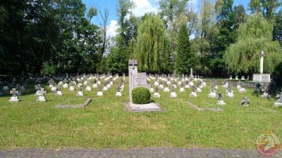 Cmentarz garnizonowy - Katowice