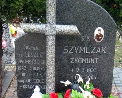 """Grób Zygmunta Szymczaka ps. """"Leszek"""" - Knurów"""