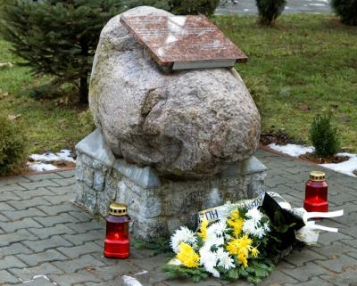 Pomnik ofiar Oświęcimia i pensjonariuszy Szpitala Psychiatrycznego - Rybnik